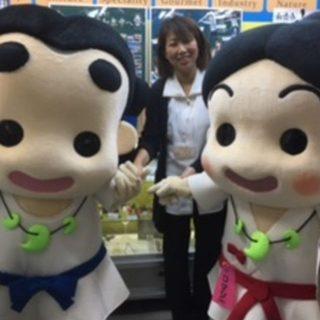 和泉市いずみの国観光おもてなし処のコンシェルジュさんと、ハイ・チーズ☆