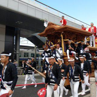 18のだんじりが和泉府中駅に集合したんだ!!