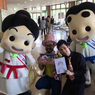 「いずみ応援隊」の森本大百科さんの似顔絵コーナーや、ずが☆こうさくさんのビニールテープアートコーナーも大人気だったよ!!