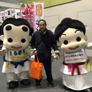 大阪マラソンEXPOではランナー参加者の受付も行っていました!たくさんのランナーさんと写真も撮ったよ~♪