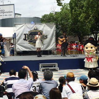 小出夏花さんのライブではボクたちもステージ前から応援したよ~!