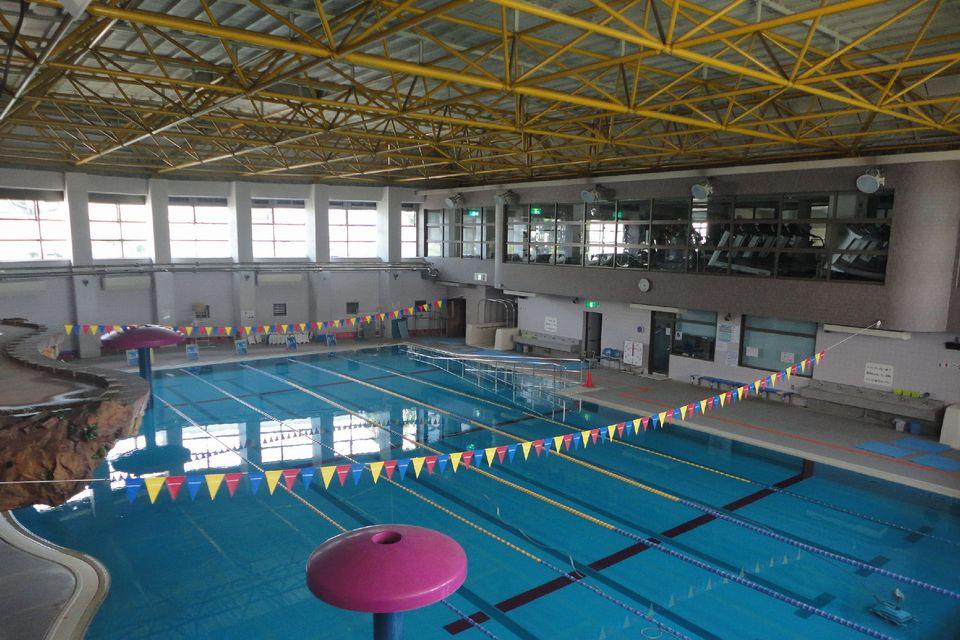 和泉市温水游泳池(灿烂游泳池)